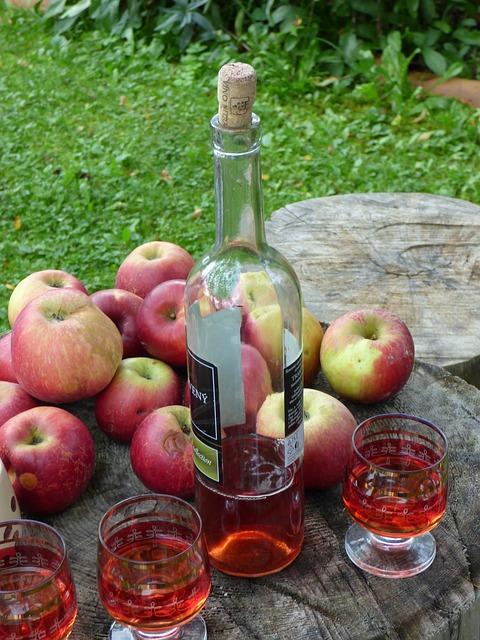 Vino di mele Bevanda ligure