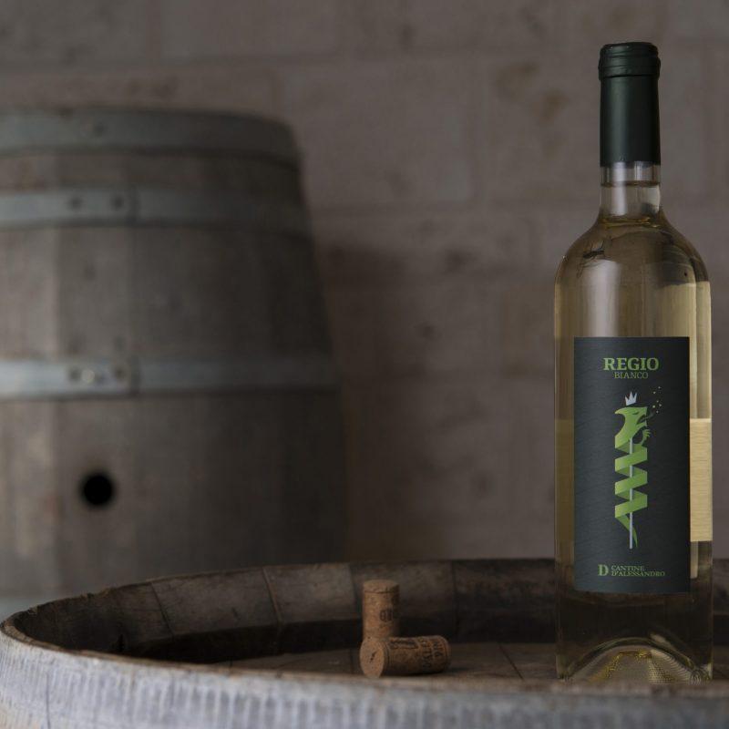 regio-vino-bianco-frizzante-naturale