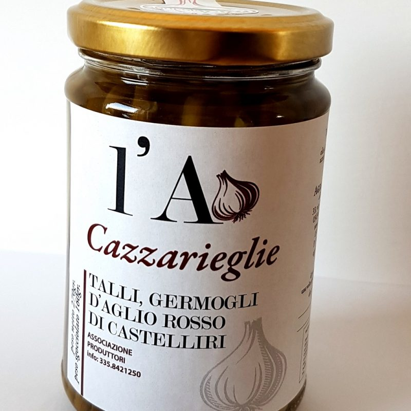talli-germogli-di-aglio-rosso-di-castelliri